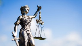 Clifton Hill Litigation Lawyers